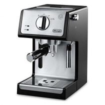 De'Longhi 15-bar Pump Espresso and Cappuccino Machine (ECP3420)